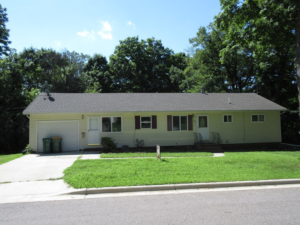 3 Bedroom 2 Bathroom Home  Real Estate  Realty  Homes for Sale  Jackson Mn  area  jackson mn realty. 119 Linden St Jackson  MN   Jackson  Minnesota Real Estate