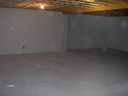 potential family room. this room is wide open.  a beam is already installed eliminating a wall.