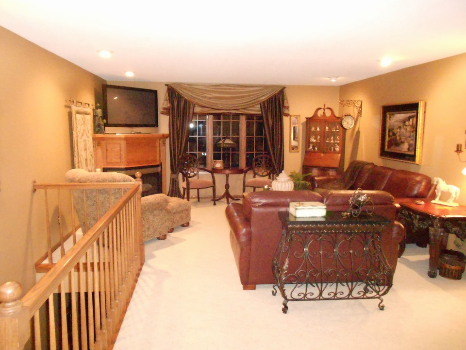 Real Estate Realty Homes For Sale Jackson Mn Area Main Floor Living Room