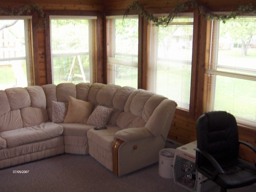sunroom. heated and carpeted for your pleasure.